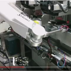 video-manipulateur de plaques